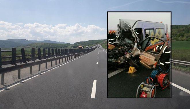 Foto: O persoană decedată și alte șase încarcerate, în urma unui accident pe autostradă