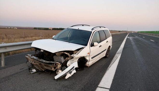 Foto: Autovehiculele vechi, pericol pe Autostrada Soarelui!