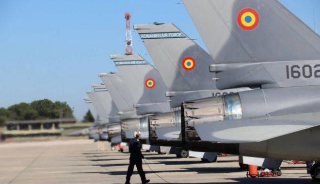 Foto: 5 avioane F-16 A pentru Armata Română. Cine încasează banii națiunii