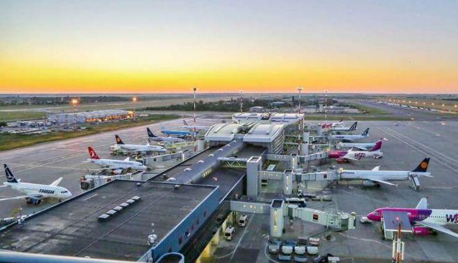 Un avion care zbura pe ruta București-Londra a fost întors din drum - avion-1611398385.jpg