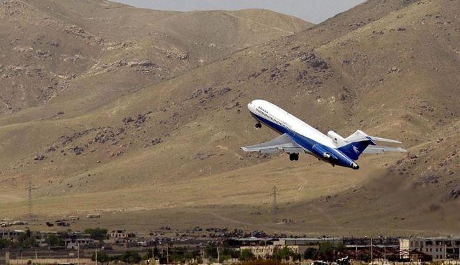 Foto: Tragedia zilei! Avion PRĂBUȘIT, 83 de persoane la bord. Identitatea victimelor, încă necunoscută