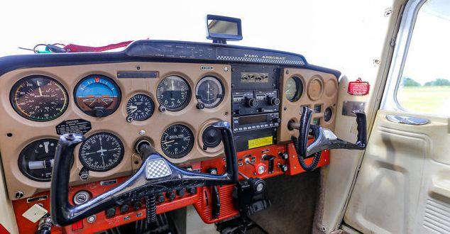 Plin de viață și de farmec. FOTOGRAFIILE ZILEI - Cessna din 1970! - avion2-1592404265.jpg