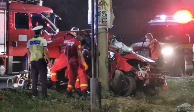 Accident rutier cu două victime încarcerate între Eforie Nord și Eforie Sud - b35d7b5b3a2e484985f7fdbff73871a7-1597084403.jpg