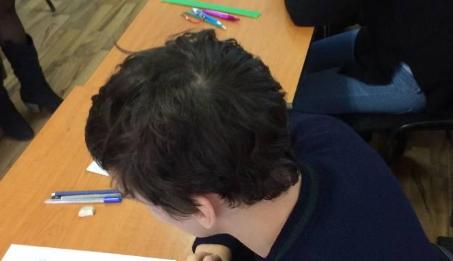 """Foto: PRINS CU """"FIȚUICA""""! Elev din Constanța, eliminat de la bac. Ce scuză a avut acesta"""