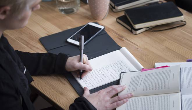 Video. Scrii pe hârtie, salvezi pe tabletă! Ce preț are noul gadget - bamboospark1-1441955308.jpg