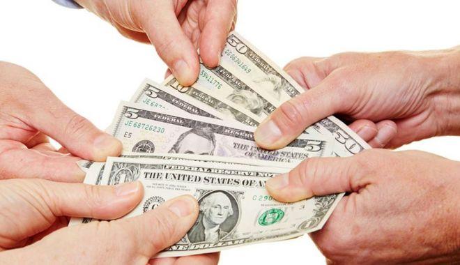 Foto: Bancherii prevăd o înăsprire a condițiilor de creditare