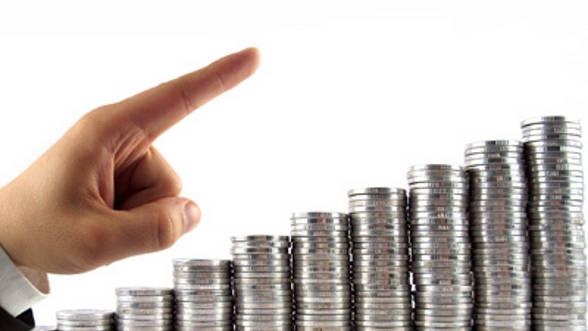 Economiștii britanici ne prognozează o creștere economică modestă, mult sub cea oficială - bani-1486485385.jpg