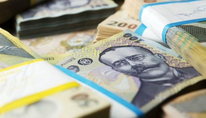 Foto: Cîțu: Numărul companiilor care au accesat IMM Invest ar putea trece azi de 10.000