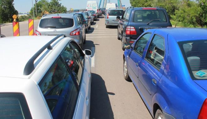 Foto: Atenție, șoferi! Trafic aglomerat în zona Eforie