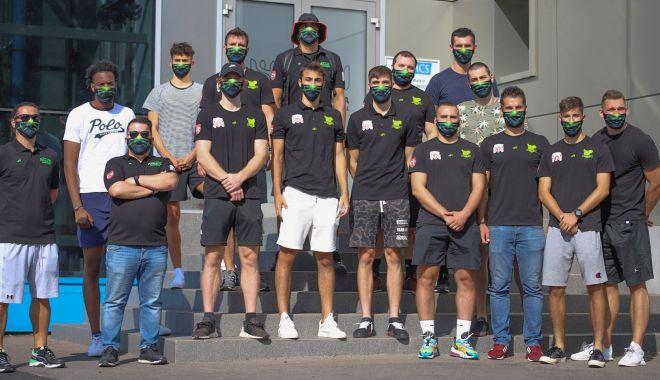 Foto: Baschetbaliştii de la BC Athletic au efectuat testul pentru coronavirus