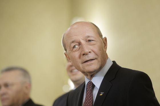 Băsescu îndeamnă electoratul moldovean să voteze liderii opoziției pro-europene - basescu-1551014481.jpg