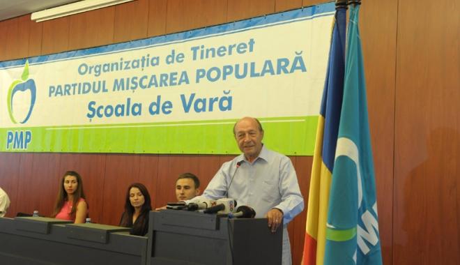 Traian Băsescu, către tinerii din PMP prezenți la Neptun: