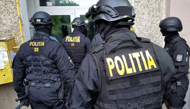 Bătaie în stradă, la Mihail Kogălniceanu, urmată de percheziții și rețineri - bataiekogalniceanu-1617990355.jpg