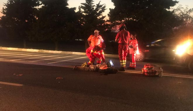 Foto: Biciclist mort, după ce a fost lovit de două mașini