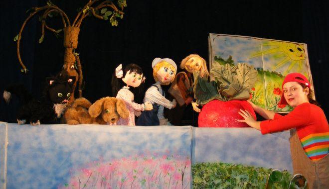 """Spectacole suplimentate la Teatrul """"Căluţul de mare"""" - bileteonline-1613478922.jpg"""