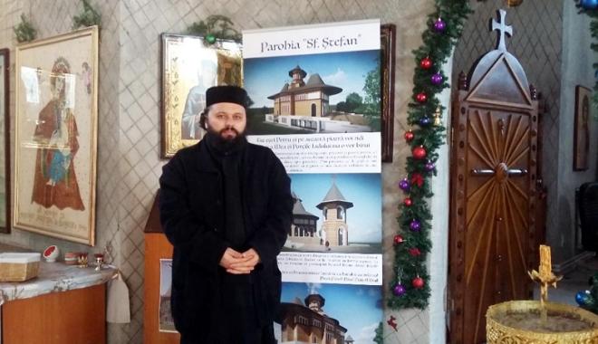 Preotul care a trăit în munți are gânduri mari cu biserica