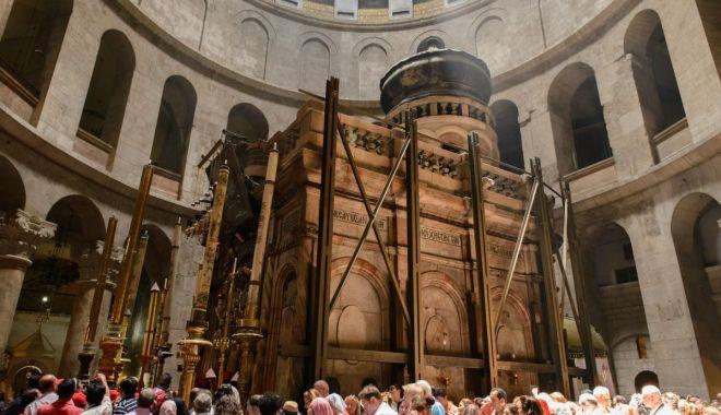 Foto: Biserica Sfântului Mormânt din Ierusalim se redeschide duminică
