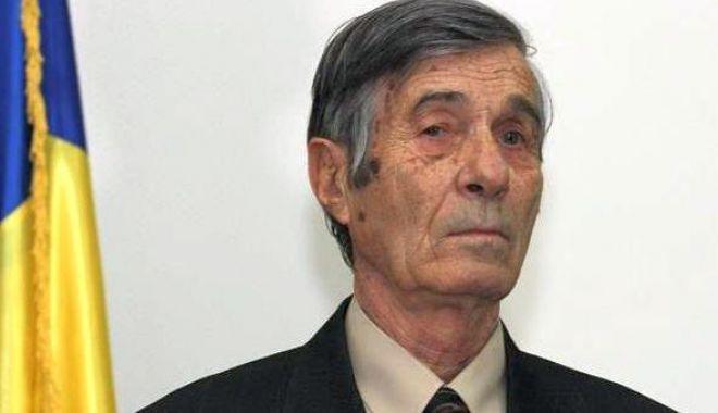 Foto: Doliu în educația constănțeană. A murit profesorul Ion Bitoleanu