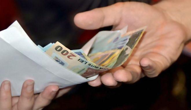 Restanţele la creditele în lei au crescut în august - bnrrestanteleaucrescutsursaplayt-1600969841.jpg