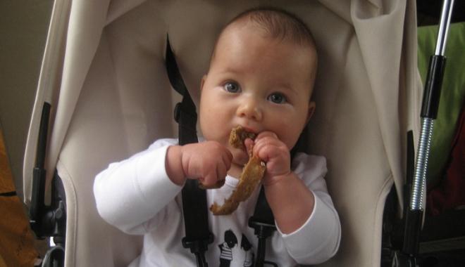 Foto: Boala celiacă la copii. Singurul tratament - eliminarea glutenului din alimentație