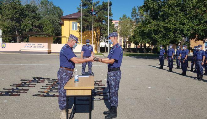 Bobocii de la Academia Navală se pregătesc de jurământ - bobociidelaacademiesursaanmb31-1600795808.jpg