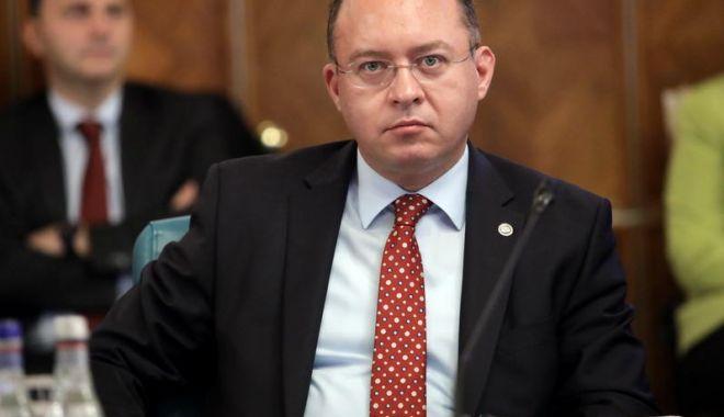 Bogdan Aurescu, îngrijorat de situaţia din Belarus - bogdanaurescu-1607111478.jpg