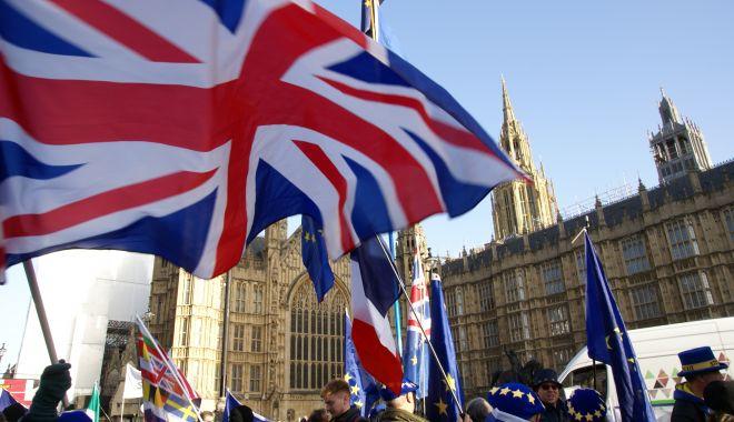 Foto: Brexit. Londra așteaptă răspunsul Uniunii Europene la noua sa propunere