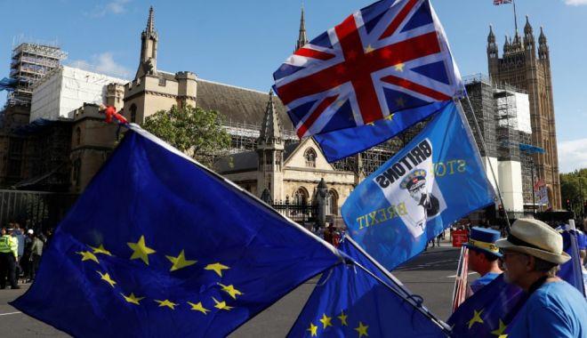 Foto: CAZ REAL! S-a înregistrat primul caz de psihoză din cauza Brexitului!