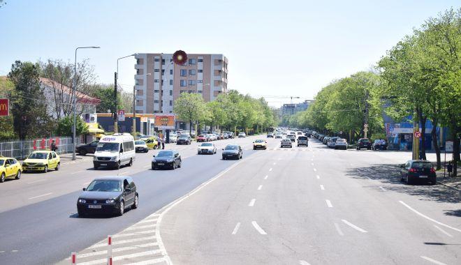 Foto: Bulevardul Lăpușneanu, transformat radical. Stradă urbană cu benzi pentru autobuze, piste de biciclete, dar fără parcări