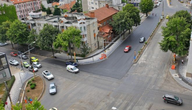 Atenție, șoferi! Continuă asfaltarea carosabilului pe bulevardul Mamaia - bulevardulmamaia2-1597300922.jpg