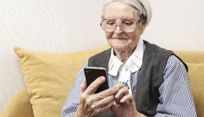 Bunica modernă lasă moștenire nepotului… - bunicamoderna-1573855961.jpg