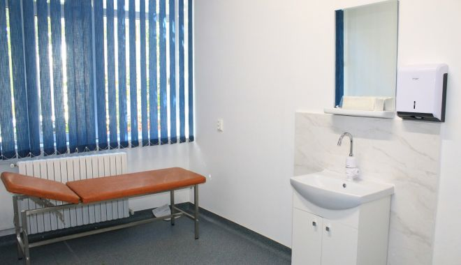 Cabinete medicale școlare, din Constanța, renovate - cabinetemedicale2-1573543812.jpg