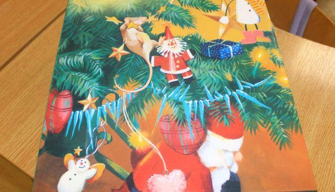 Foto: Primăria Constanța a pregătit cadourile de Crăciun pentru cei mici