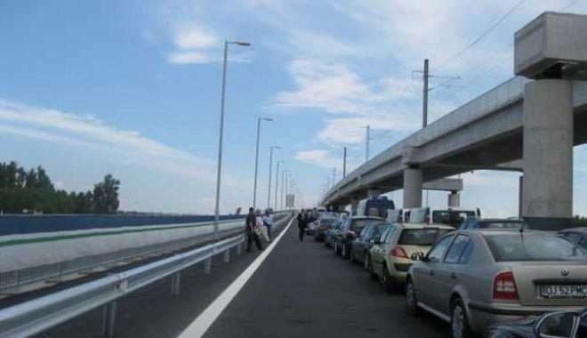 Foto: Traficul rutier, îngreunat. Iată unde