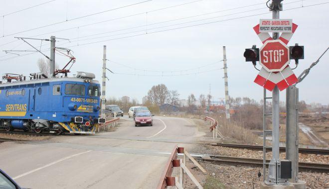 Șoferi lăsați fără permise, la trecerea la nivel cu calea ferată - caleaferata-1614797866.jpg