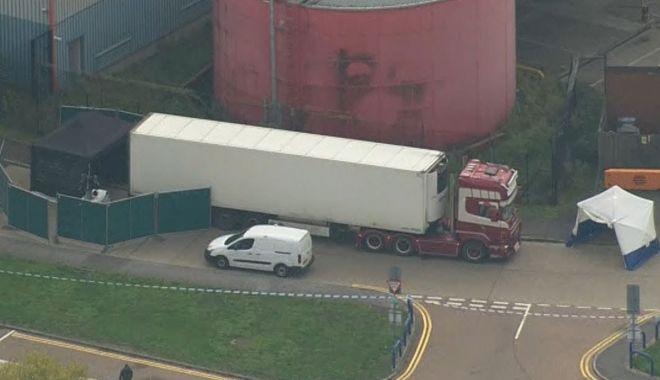 CAMIONUL GROAZEI! 39 de morți, în apropiere de Londra. Filieră bulgară? - camion1-1571831408.jpg