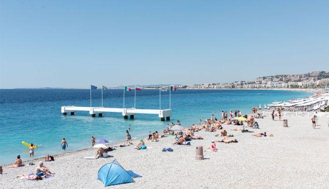 Campanie pe plajă, în Mamaia. Dai cinci doze goale şi primeşti una plină! - campanieplaja2-1625414977.jpg