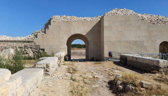 Cetatea Capidava, redată circuitului turistic dobrogean - capidava3-1600358459.jpg