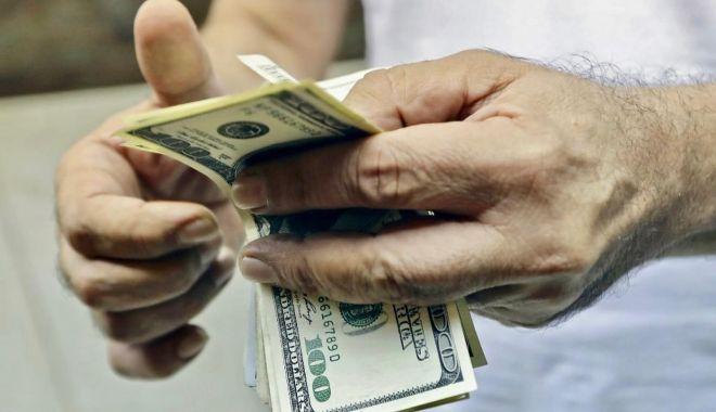 Cărăușii de bani - o nouă modă printre infractori, care a ajuns și în România! - carausidebani2-1607012866.jpg