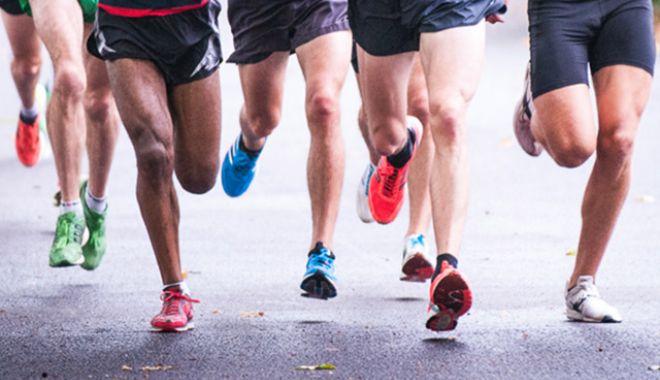 Foto: TRAGEDIE ÎN SPORT. Doi atleți au făcut atac de cord pe pista de alergare și AU MURIT la SPITAL