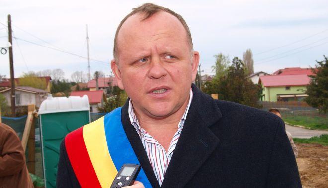 Foto: Primarul din Agigea, trimis în judecată de DNA pentru fapte de corupție