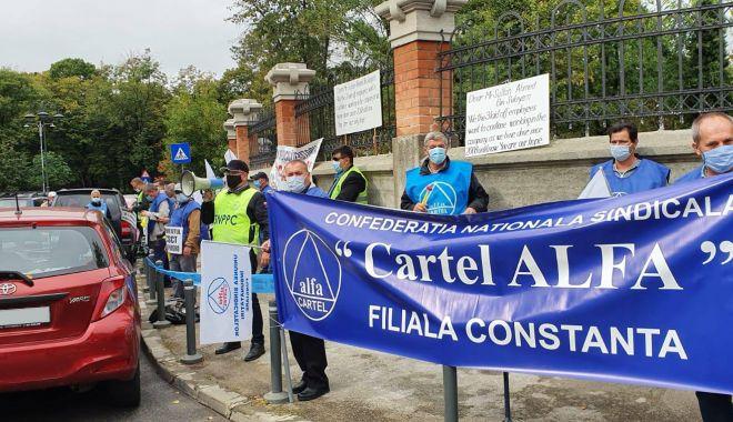Cartel Alfa continuă protestele de stradă - cartelalfacontinuaprotestele-1614797063.jpg
