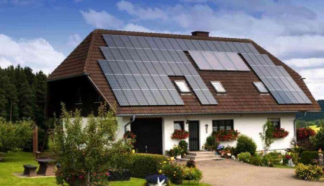 """Foto: Proprietarii de case pot primi până la 15.000 de euro prin programul """"Casa Eficientă Energetic"""""""