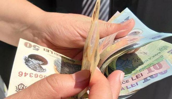 Foto: Câștigurile salariale și puterea de cumpărare sunt în creștere