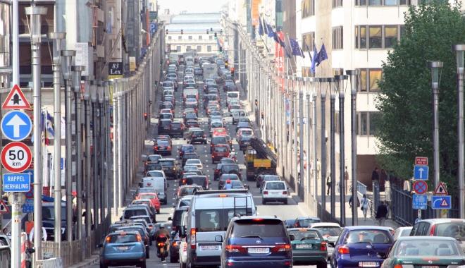 Foto: IMAGINI SPECTACULOASE! Cele mai iubite mașini din fiecare țară din Europa