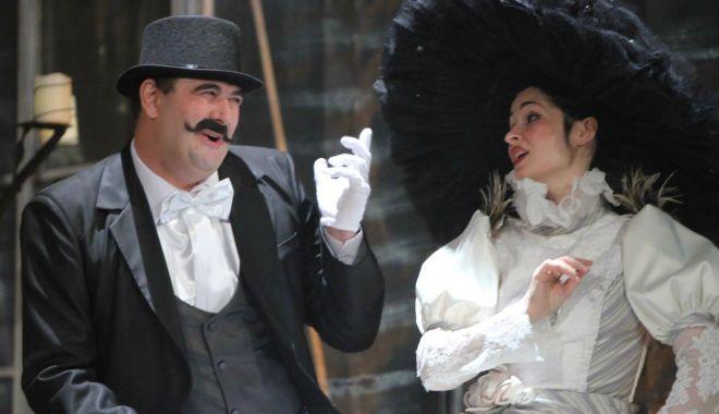 """Foto: """"Cea mai frumoasă soție"""" vă așteaptă, deseară, la teatru"""