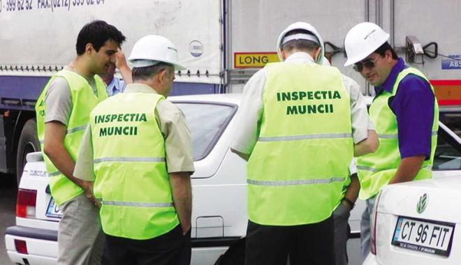 Foto: Ce au găsit inspectorii de muncă la firmele verificate