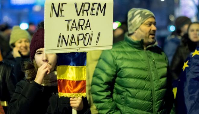 Cele mai mari proteste de la Revoluția din 1989! Peste jumătate de milion de români, în stradă! - celemaimari12-1486460104.jpg
