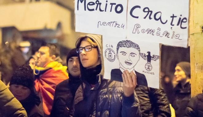 Cele mai mari proteste de la Revoluția din 1989! Peste jumătate de milion de români, în stradă! - celemaimari16-1486460144.jpg