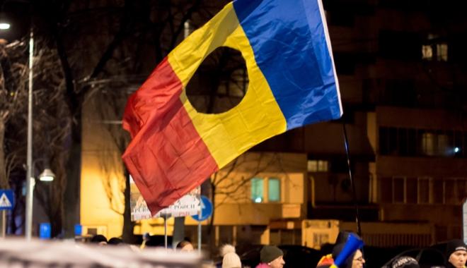 Cele mai mari proteste de la Revoluția din 1989! Peste jumătate de milion de români, în stradă! - celemaimari8-1486460071.jpg